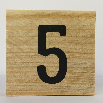 Houten cijfers 5