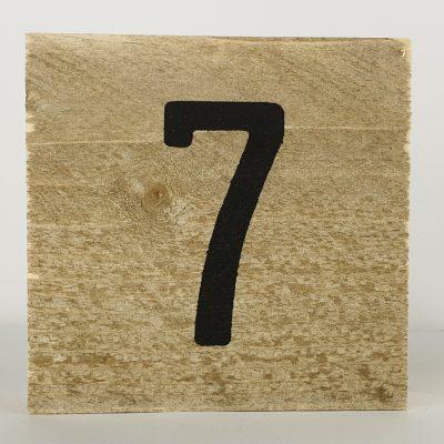 Houten cijfers 7