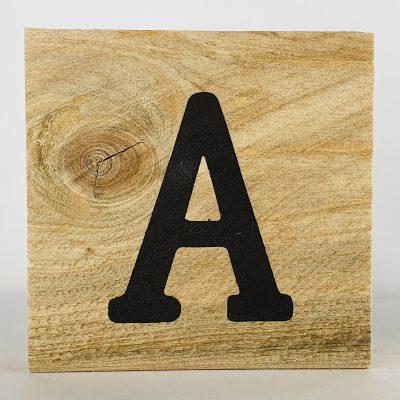 Houten letters A