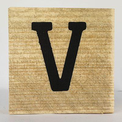 Houten letters V