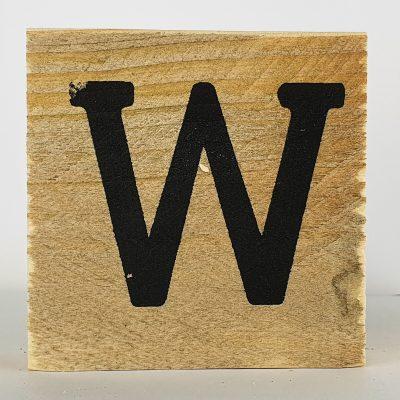 Houten letters W